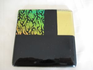 black and thorn glass tile