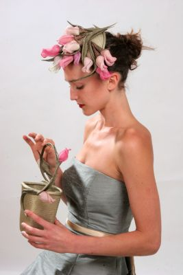 Rose bag with headpiece lid